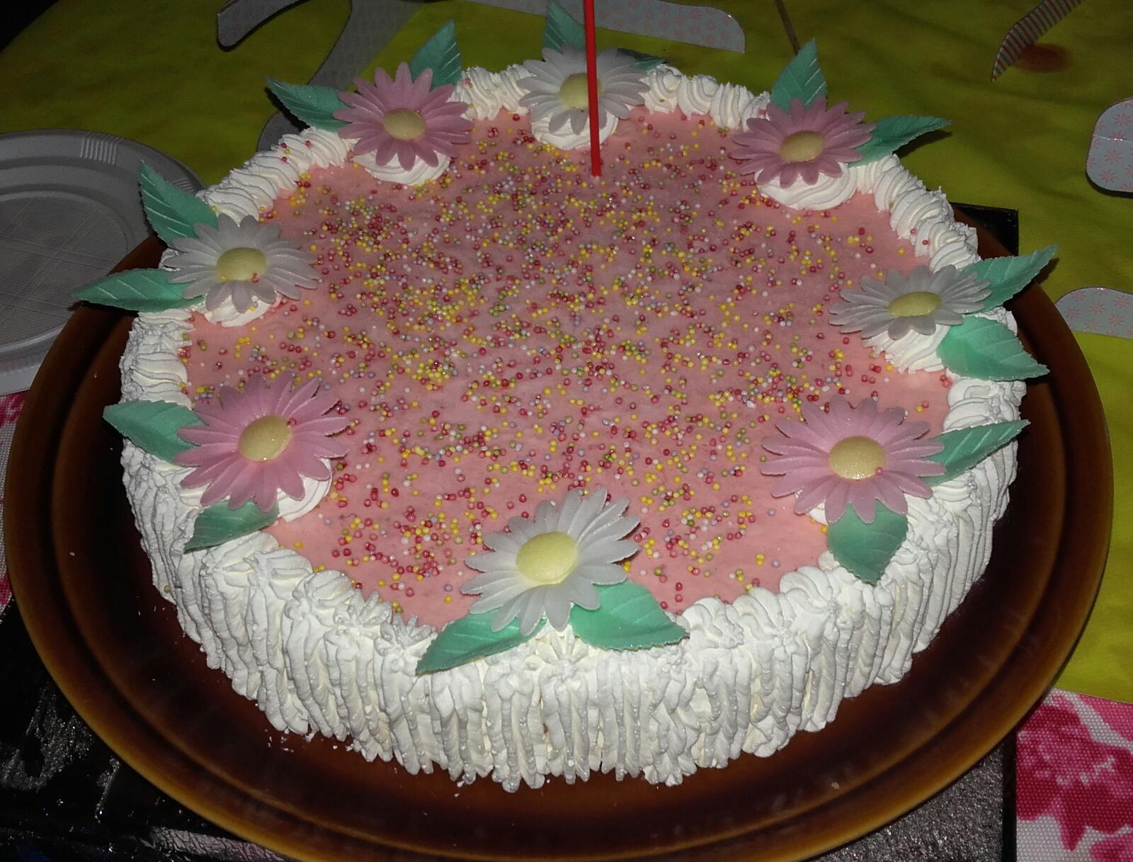 Tarta helada de fresas con nata con Thermomix®