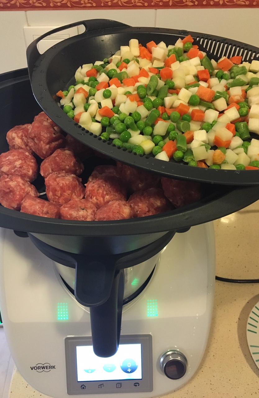 alb ndigas en salsa ensaladilla con thermomix cocinar