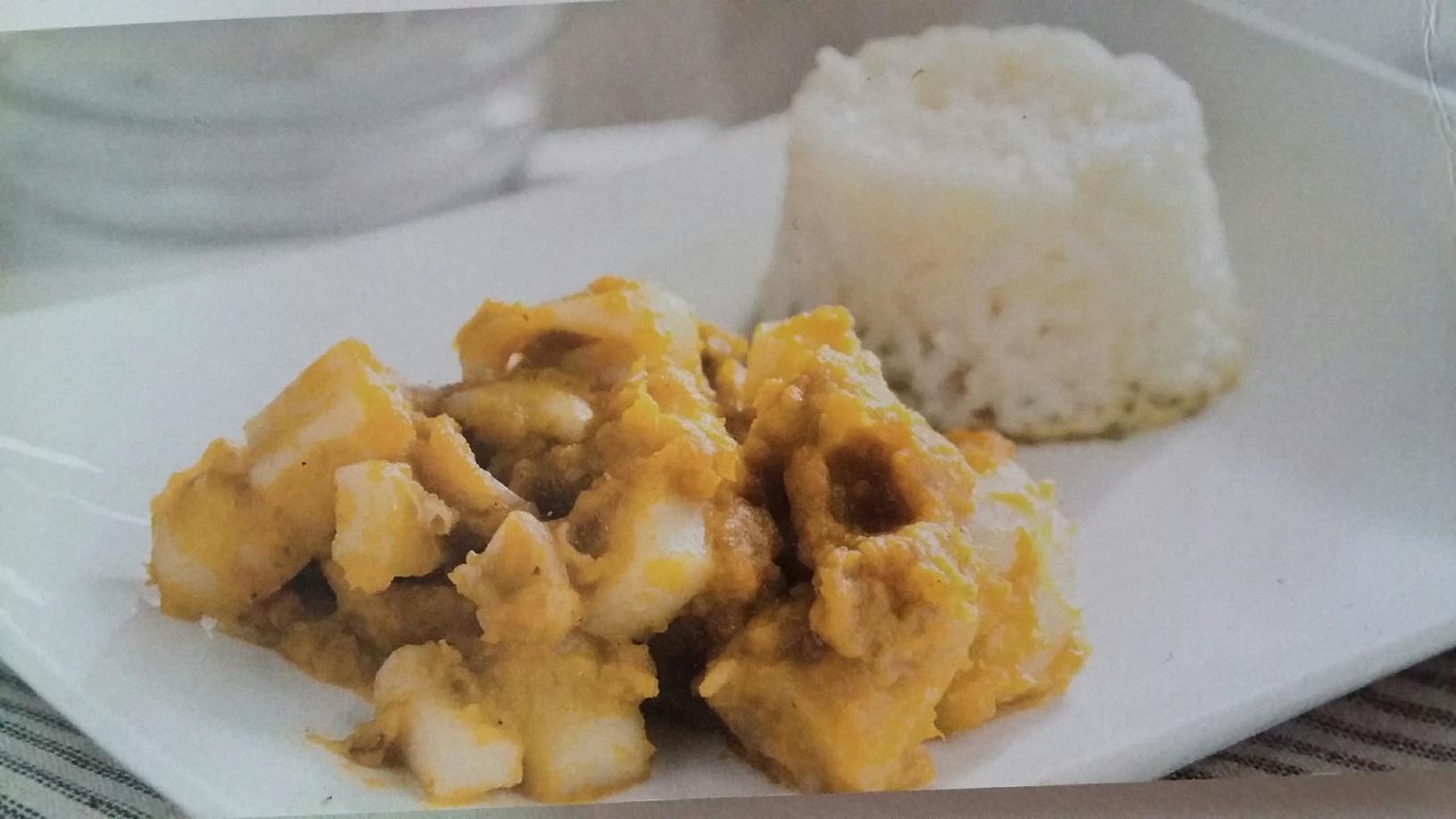 Sepia en salsa de verduras con guarnición de arroz en Thermomix®