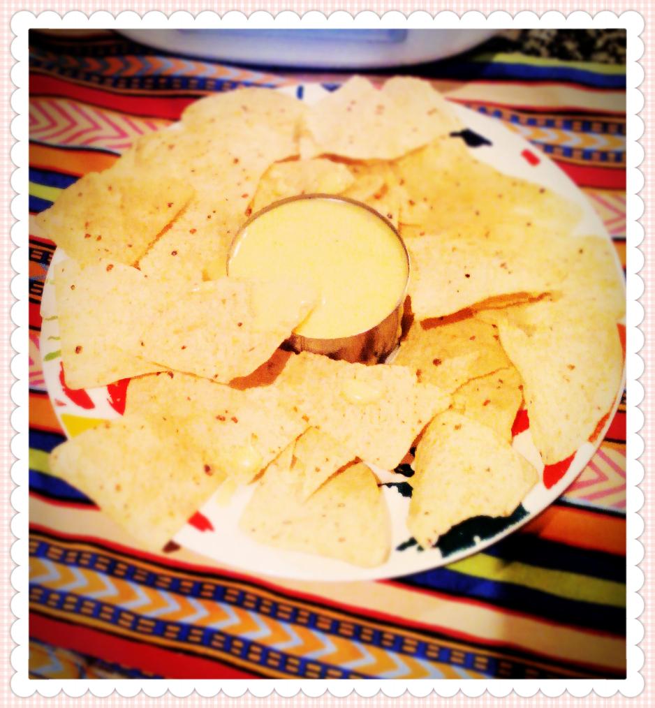 Salsa de queso cheddar con Thermomix® .