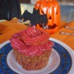Cupcake con frosting de regaliz rojo con Thermomix®